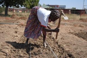 Burkina-Faso : la Croix-Rouge recycle pour le futur